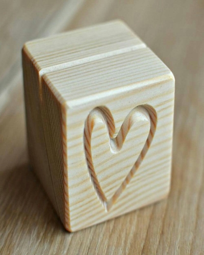 Cube Place Card Holder